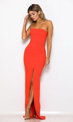 The elegant Abyss by Abby Monaco Gown in Coral features a stunning strapless cut and gorgeous hot orange colour giving it a stunning feminine vibe. Available from Naked Dresses for Orange Formal Dresses, Formal Gowns, Strapless Dress Formal, Top Wedding Dresses, Prom Dresses, Ball Dresses, Orange Gown, Coral Dress, Casual Tops For Women