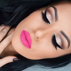 ❤️ the soft pink lipstick is so cute