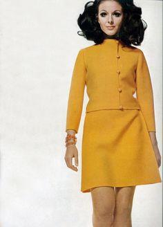 60s And 70s Fashion, Mod Fashion, Fashion Models, Fashion Brands, Fashion Beauty, Vintage Fashion, Style Année 60, Vintage Dresses, Vintage Outfits