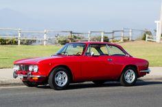 The quintessential Alfa Romeo Alfa Romeo Junior, Alfa Romeo Gtv 2000, Alfa Romeo Cars, Maserati, Bugatti, Ferrari, Alfa Giulia, Alfa Romeo Spider, Best Muscle Cars