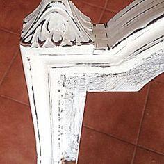 Cómo tapizar una butaca rústica. TUTORIAL Bedroom Lamps, Recycled Furniture, Recycling, Chair, Diy, Home Decor, Sofa, Ideas, Chair Upholstery