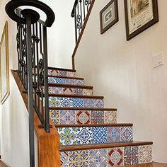 Tendance carreaux ciment   carrelage adhésif pour escalier motif portugais moonwallstickers