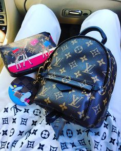 Street Style, Louis Vuitton Monogram Backpack. Up To 70% Off. Beth Holloway  · Louis Love · Louis Vuitton Masters  Jeff Koon New Handbag Collection  Inspired ... 3f5107386a