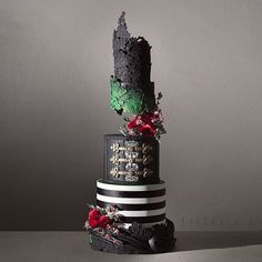 These Cakes Are So Opulent They Could Be Straight Out Of A Fairytale  Chatty Buddha