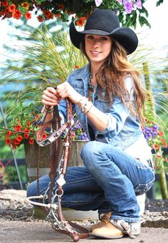 Megan Etcheberry from Rodeo Girls. Barrel racing pro rodeo (a REAL rider. Sexy Cowgirl, Cowgirl Mode, Estilo Cowgirl, Cowgirl Hats, Cowgirl Outfits, Cowboy And Cowgirl, Cowgirl Style, Western Style, Western Wear