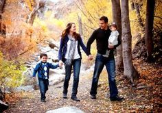 Family photo walking in big cottonwood canyon