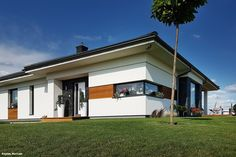 Dom w bodziszkach Design Homes, House Design, Home Fashion, Castle, Exterior, House Styles, Bungalow, Outdoor Decor, Houses