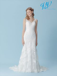 A romantic fit and flair wedding dress with an open back. Very high quality lace. Budget Wedding Dress, Rental Wedding Dresses, Wedding Dress Prices, Low Cost Wedding, Pretty Wedding Dresses, Wedding Dress Boutiques, Custom Wedding Dress, Gorgeous Wedding Dress, Wedding Dress Shopping
