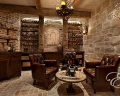 The wine room, a signature room of the house, includes wine racks - Wine room design Bar Deco, Wine Cellar Basement, Whiskey Room, Whiskey Lounge, Home Wine Cellars, Basement Bar Designs, Basement Ideas, Modern Basement, Rustic Basement