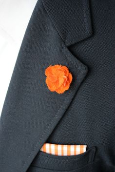ihemmingway.com Lapel Flower, Cashmere, Mens Fashion, Men's Style, How To Wear, Collection, Flowers, Moda Masculina, Male Style