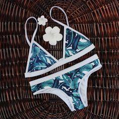 Retro Style Brazilian Printing Swimsuit Bikinis Halter Padded