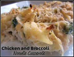 "Healthy, Easy and Delicious Chicken and Broccoli Noodle Casserole. I'm not sure how ""healthy"" anything that involves the word casserole is, but it looks yummy. Pasta Dishes, Food Dishes, Main Dishes, Easy Healthy Recipes, Healthy Meals, Healthy Chicken, Healthy Options, Skinny Chicken, Quick Recipes"