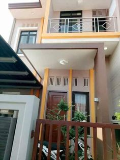 Urban Interior Design, Small House Interior Design, Attic Design, Tiny House Design, Modern House Design, Minimalist House Design, Minimalist Home, Style At Home, Room Design Bedroom