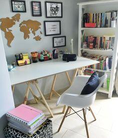 Most Popular Modern Home Office Design Ideas For Inspiration - Modern Interior Design Study Room Decor, Study Rooms, Cute Room Decor, Bedroom Decor, Home Office Design, Home Office Decor, Home Decor, Office Ideas, Office Table