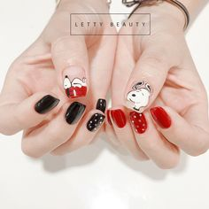 Train as a nail artist for Christmas and get hot orders right after training! In 2020 with a new profession! Xmas Nail Art, Xmas Nails, Cute Nail Art, Gel Nail Art, Sun Nails, Hair And Nails, Nail Swag, Nail Technician Courses, Nail Art Courses