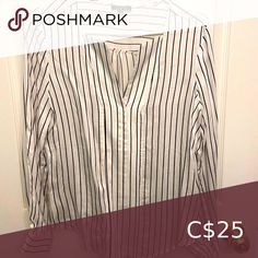 Dynamite Blouse In great condition Dynamite Tops Blouses