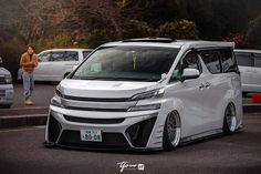 Toyota Alphard, Luxury Van, Custom Cars, Vans, Trucks, Street, Vehicles, Dreams, Cars