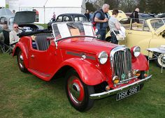 Another beautiful 1952 Singer roadster Classic Cars British, Classic Sports Cars, Car Pics, Car Pictures, Singer Cars, Vintage Cars, Antique Cars, Sport Cars, Motor Car
