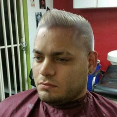 #silverhair #silver #likeforlike #like4like #puertorico #haircut #hairdresser #cut #stylish #fashion #barbero #estilista #like #hair #barbershopconnect #haircut #hairstylist #barber #citas #appointment #cabello #caballero
