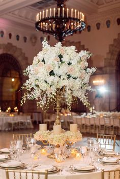 Oh we adore Florida weddings! Prepare to swoon over gorgeous blush and white flowers from Xquisite Events, and the magical scenery of the historic Flagler Museum, high ceilings and all. Erika Delgado Photography was there to capture the elegant affair and all its glory. The bride was looking perfect in a lace low-back Ines Di Santo and an all white …