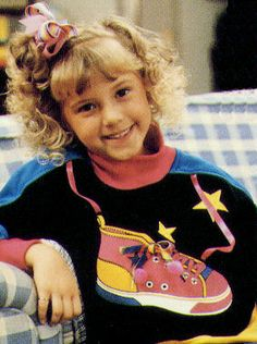 Best TV Show - style icon Stephanie Tanner from Full House Best 80s Tv Shows, Favorite Tv Shows, Stephanie Tanner, Fuller House, 80s Fashion, Petite Fashion, Curvy Fashion, Fall Fashion, Style Fashion