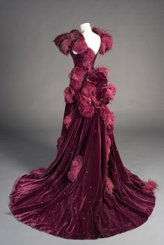 Costume designed by Walter Plunkett for Vivien Leigh in Gone With the Wind (1939) From the Harry Ransom Center at the University of Texas at Austin
