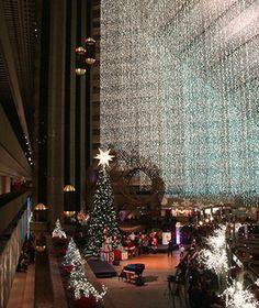 America's Best Hotels for Christmas: Hyatt Regency San Francisco | travelandleisure.com