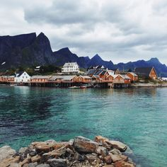 Lofoten in Norway / photo by Los Taipales