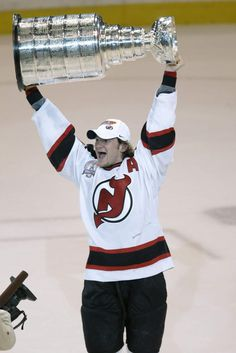 After 20 seasons with the New Jersey Devils, Patrik Elias retires as the franchise leader in all-time goals and assists.  Congratulations! #PattysLastLap