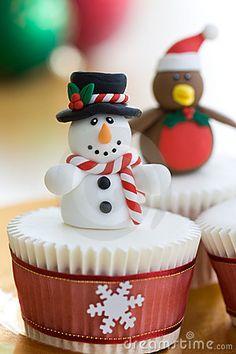 christmas cupcakes - flat top for fondant figure
