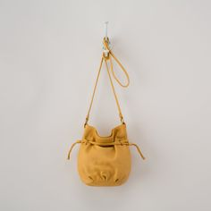The Mesa crossbody in maize. #hobobags