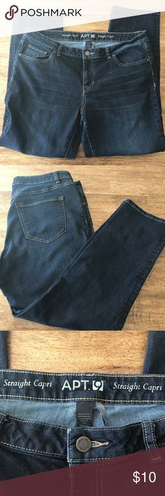 """Apt 9 Straight Capri Women's Jeans Size 14 Apt 9 Straight Capri Women's Jeans Size 14.  80% cotton, 19% polyester, 1% spandex.  28"""" inseam.  Cuffs 15"""" in circumference.  No flaws, like new. Apt. 9 Jeans"""