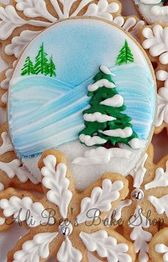 """Snowy slopes cookie... all you need is a little skier on this one..."" WOW--I have to follow and go back to this pinner's cookie board--INCREDIBLE"