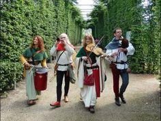 Les Troubadours d'Aliénor   Chanson Le prince d'Orange - YouTube