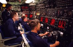 USS Seawolf (SSN 21) Control Room HighRes - Submarine - Wikipedia, the free encyclopedia