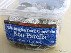 Belgian Dark Chocolate Non-Pareils trader joes ( there is nothing else like them --lol ) Trader Joes Vegan, Trader Joe's, Vegan Chocolate, Really Cool Stuff, Whole Food Recipes, Vegetarian, Dark, Healthy, Health
