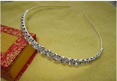 schijnt 1 rij heldere kristallen bruiloft strass haarbanden haar accessiries partij hoofdband hoofddeksel bruids tiara in Wij zijn professionele fabriek in suzhou trouwjurk. Onze producten omvat bruidsjurken, bruidsmeisje jurken, bloem meisje van bruids hoeden op AliExpress.com | Alibaba Groep
