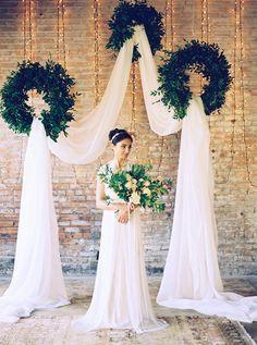 backdrop inspiration - photo by Tracy Enoch Photography http://ruffledblog.com/organic-bohemian-wedding-inspiration