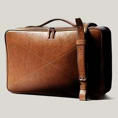 Hard Graft CarryOn Suitcase & Frame1 Camera Bag