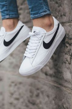 Nike Tennis Sneakers Sneakers greatly benefit from shoe trees related to care, preservation, display and travel. Sole Trees makes premium shoe trees for sneakers Sneakers Vans, Sneakers Mode, Sneakers Fashion, Mens White Sneakers, Sneakers Style, Leather Sneakers, Adidas Fashion, White Shoes Outfit Sneakers, Fashion Shoes