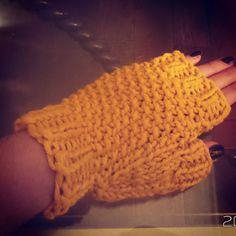 #crochet #hobby#hobi #orgu#handmade #elisi#crocheted#crocheting #crochetlove #crochetlover #knitting #knitted#instacrochet #orgumodelleri #orgudunyasi #örgüdünyası#elyapımı #elyapim #crocheting #crochetlove #crochetlover #knitting #knitted#instacrochet #orgumodelleri #orgudunyasi #örgüdünyası#elyapımı #elyapim#eldiven#orgueldiven#glove #crochetglove #crochetgloves #knittinggloves by septemberknitting