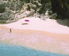 Pink beaches of Bermuda