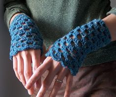 Crochet Openwork Hand Warmers and more marvelous crochet fingerless mitts patterns - love these! {mooglyblog.com}