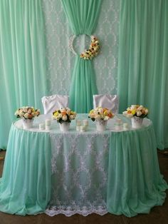 Wedding table backdrop ideas draping New ideas Backdrop Decorations, Reception Decorations, Birthday Decorations, Event Decor, Backdrop Ideas, Wedding Stage, Diy Wedding, Wedding Events, Table Wedding