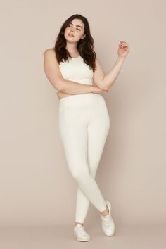 From Adam Selman Sport to Outdoor Voices, these are the best leggings for women you can shop now. Body Reference Poses, Human Reference, Pose Reference Photo, Female Reference, Figure Reference, Plus Size Posing, Shotting Photo, People Poses, Anatomy Poses