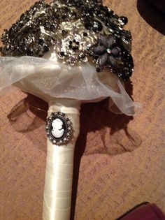 Side of bouquet Bouquet, Wedding, Casamento, Bouquets, Weddings, Floral Arrangements, Marriage, Nosegay, Mariage