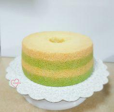 Nyonya kueh pandan gula melaka chiffon cake