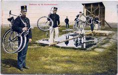 photo  Early Dutch Folding bicycle 1900s