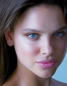 Luminous (Photograph by Ernesto Gonzalez). Get that glow with these tips from celebrity makeup artist and RMS Beauty founder Rose-Marie Swift. #NaturalBeauty