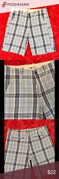 """AE Classic Blue Plaid Shorts Great condition blue plaid shorts from American Eagle Outfitters! Classic length with an inseam of approx 10.5"""". 100% cotton and men's size 36. American Eagle Outfitters Shorts"""